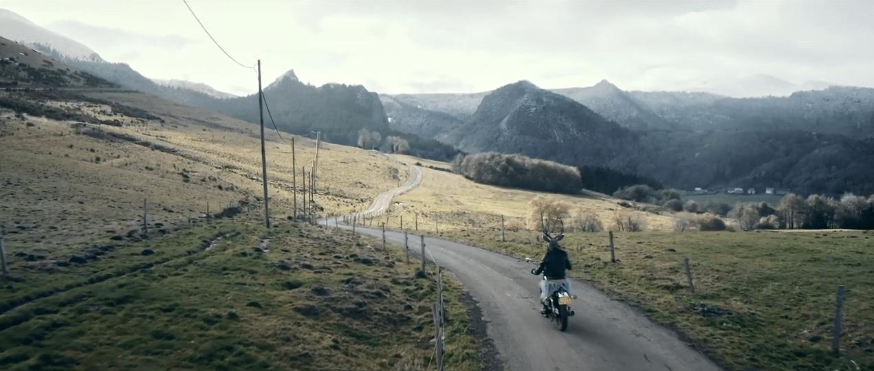 """Belfour - clip """"Si la rivière coule"""" - 2021 - Walter Films production - Réalisation : Elizabeth Marre"""